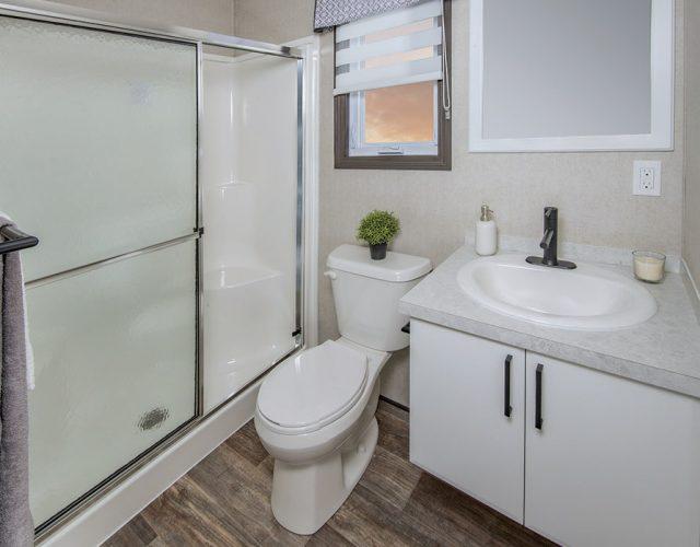 Northlander Luxe Park Model | Main Three-Piece Bathroom