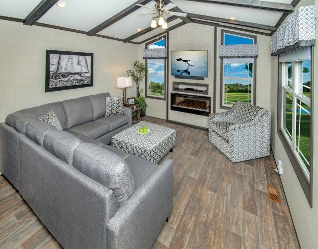 Steel Storm - Livingroom